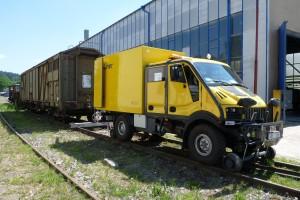 Dvoucestné vozidlo FRILINER 4×4 RSQ