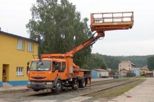 Dvoucestné vozidlo RENAULT MIDLUM TRAMLINER TRIO – TP