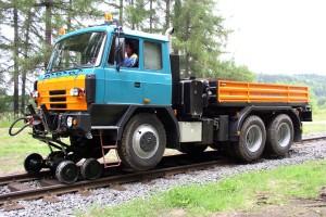 Dvoucestné vozidlo TATRA T815 TRACKTOR – ZT