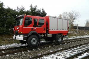 Road-Rail rescue vehicle UniRoller-S 4x4 is an emergency rescue vehicle designed to drive on road and on rails. The base vehicle is equipped with double cab with 6 seats (1+5) and box body superstructure for rescue and re-railing equipment. All boxes are equipped with aluminium roller shutters and high loading capacity pull-out shelves inside.